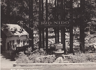Rio Nido Entrance